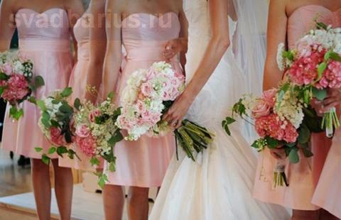 Короткое платье для подружки невесты